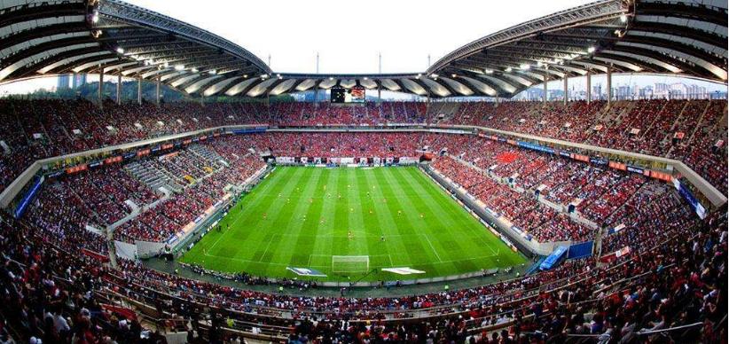 外行视角:让人疯狂的足球 让人癫狂的中国足球!