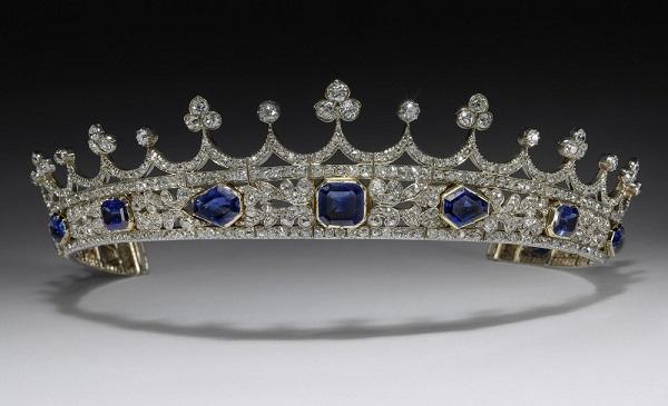 伦敦V&A博物馆将于2019年公开展出维多利亚女王蓝宝石钻石王冠