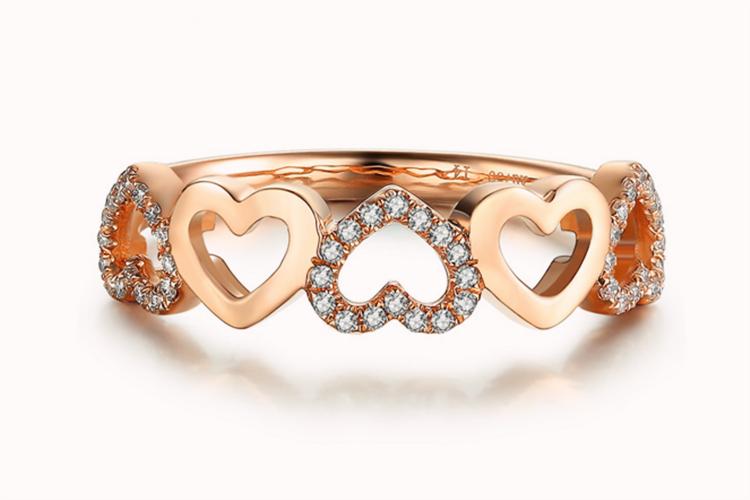 潮宏基珠宝璀璨系列-心星红18K金钻石戒指玫瑰金戒指_珠宝图片