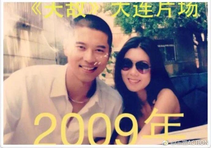 9月12日是女演员李小萌32岁生日,李小萌老公王雷发生日祝福写到:祝我的@李小萌ANNABEL 宝宝生日快乐,这也是你荣升为妈妈的第一个生日,爱是永恒️我们就这样一步一个脚印的走着……王雷晒出了与李小萌从2006年相识以来的照片,不同的年份不同的地点,同样相爱的两个人,一直变帅变美的容颜,这样一年年的走过来,看到他们的照片,才真正知道他们的幸福。