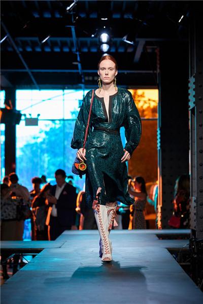 Diane von Furstenberg服装品牌于纽约发布2018春夏系列