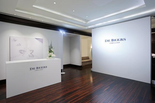 戴比尔斯于上海举办Lotus By De Beers高级珠宝系列展览