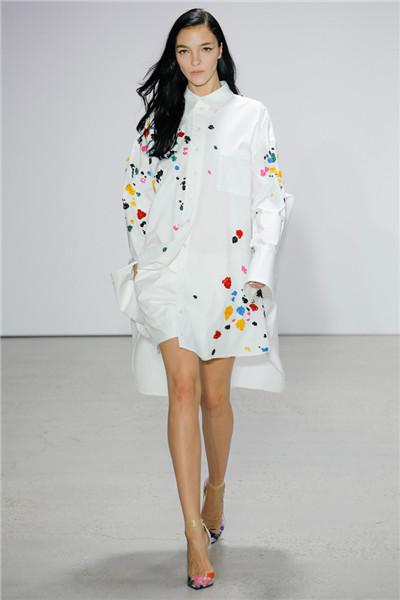Oscar de la Renta服装品牌于纽约发布2018春夏系列