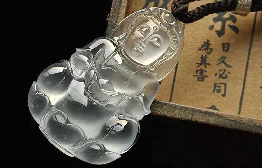 玻璃种翡翠的价格