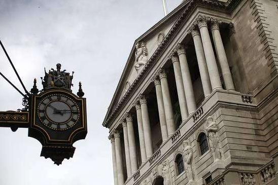 英国央行加息可能性增加 纸黄金迎喜迎双重利好