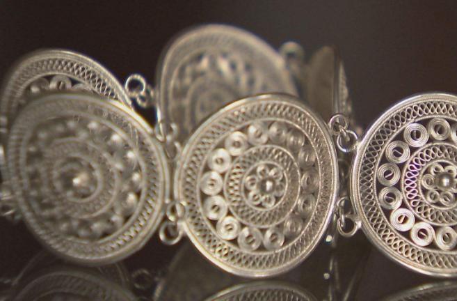 雪花银和足银的区别是什么
