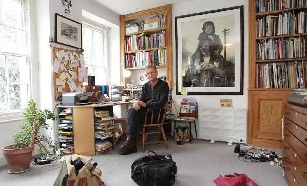 马丁·帕尔收藏12000余本摄影画册 未来将向公众开放