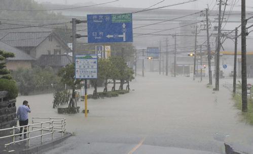 台风泰利登陆日本 1死35伤3人失踪保险公司火速出动