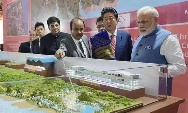 安倍访印推新干线 印度媒体为中国和谐号做宣传