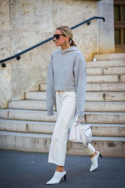 秋冬服装流行趋势示范 中性灰本季依旧大热