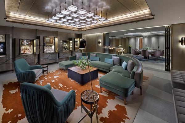香港置地文华东方酒店携手设计师打造全新娱乐套房