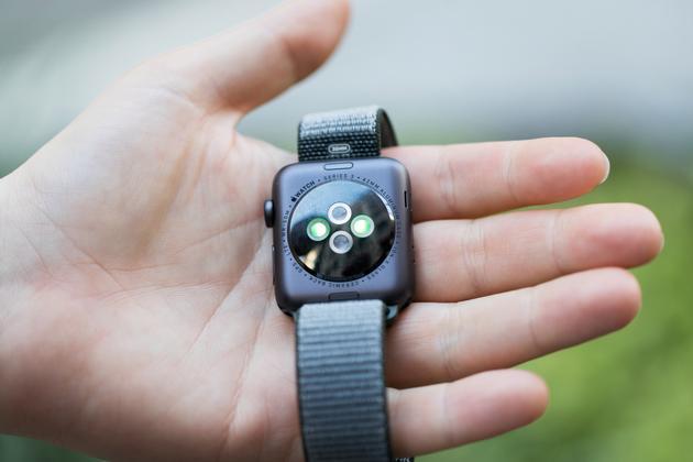 多篇Apple Watch3测评显示LTE连接问题