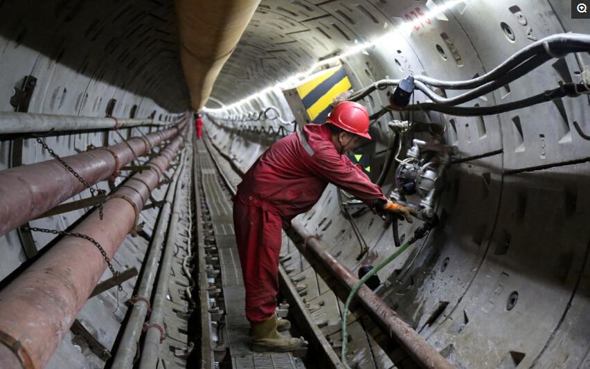 中俄天然气管道全程1139米建设稳步推进接近尾声