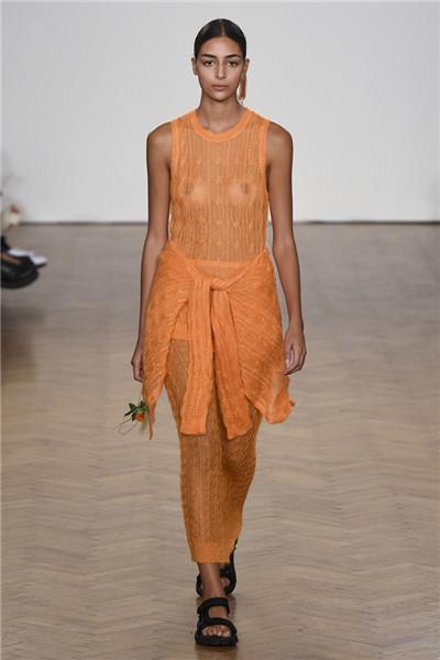 普林格服装品牌于伦敦时装周发布2018春夏系列时装秀