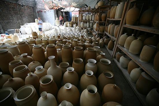 景德镇艺术瓷市场逐渐冷清 专家说是好事