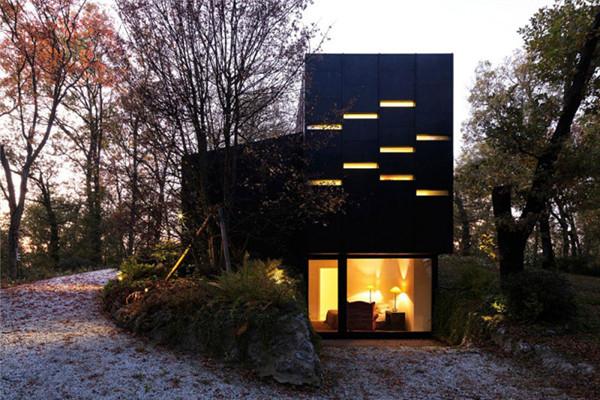 Guest House豪宅:让自然光来照亮生活空间