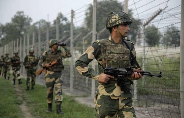中印对峙最新消息:印度往脸上贴金 印度作家夸张描写洞朗对峙