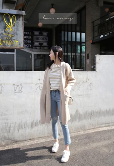 秋季穿衣搭配造型示范 长款针织开衫文艺范儿十足