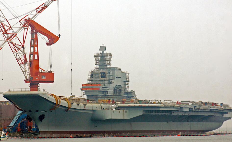 首艘国产航母开始装雷达