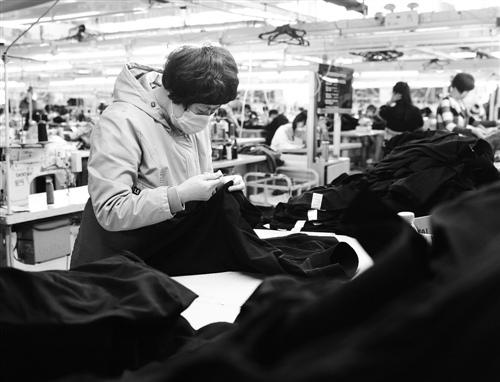 容城县服装品牌40年产业转型