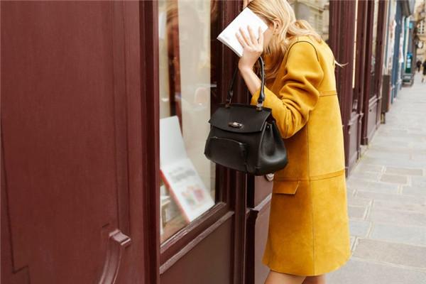 Longchamp(珑骧)推出全新Madeleine系列包包