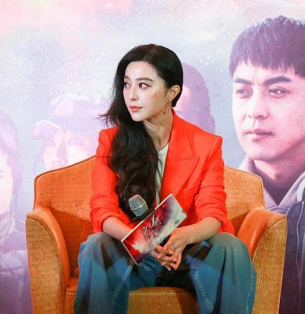 范爷愿和杨幂演百合片 网友:谁攻谁受?