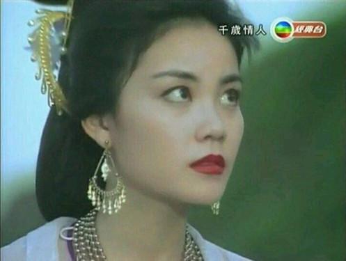 王菲古装旧照曝光 网友:女神是无可挑剔的