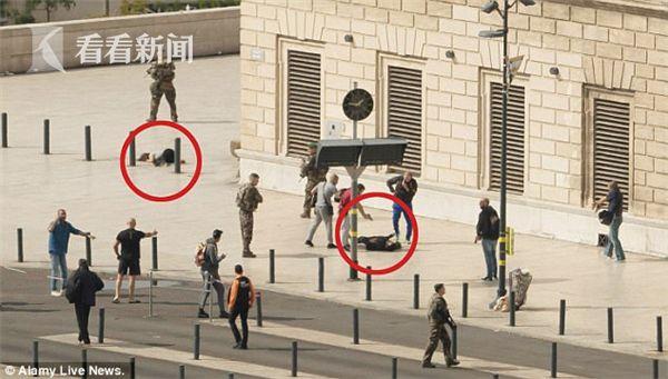 马赛发生持刀袭击 袭击者被执勤军人开枪击毙
