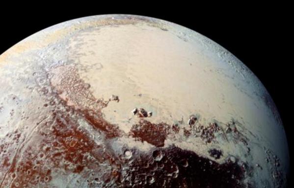 揭冥王星冰山之谜:冰山的形成与冥王星复杂的气候和地质历史有关