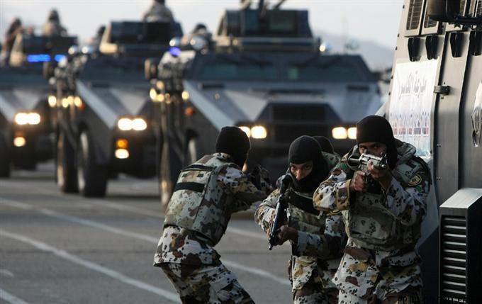 沙特皇家卫队遇袭 事件造成2亡3伤