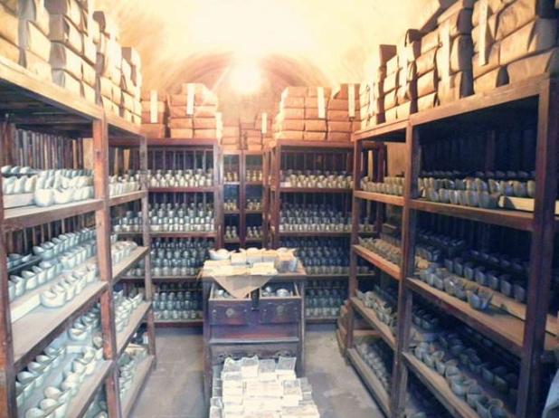 中国最早的银行——藏百万黄金白银用密道运货