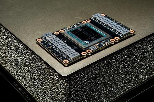 英伟达公布自动驾驶汽车芯片 超25家客户使用