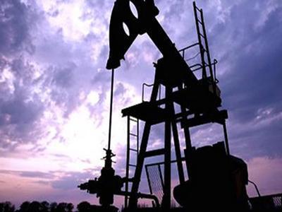 美国出口创历史新高 原油产量重返市场