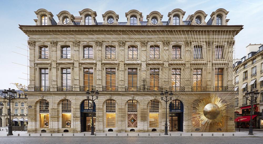 法国奢侈品集团LVMH:163年前门店原址建设开门迎客