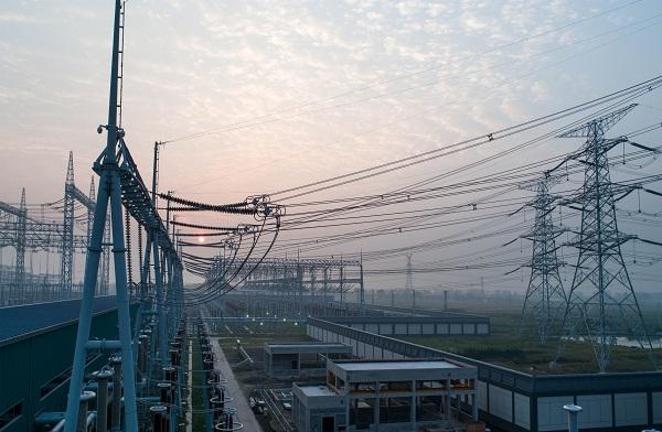 浙江组建380米世界最高输电铁塔 实现浙江电网500千伏超高压全覆盖