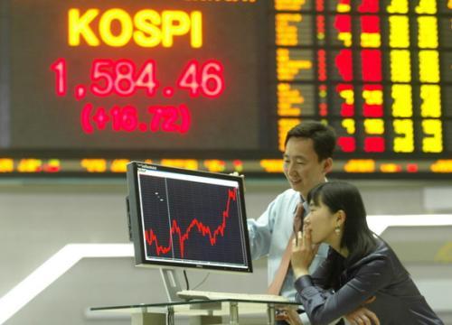 韩国股市再创新高 外国投资者继续押注
