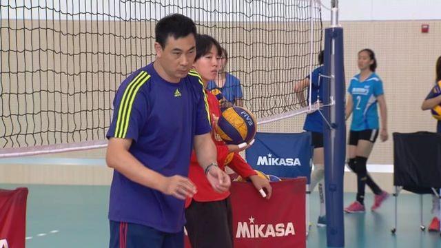 郎平又一接班人出现 陈友泉任天津女排主教练之后首次拿到成年组比赛冠军