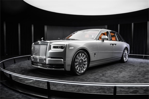 劳斯莱斯幻影将于10月国内上市 全新铝制奢华架构打造