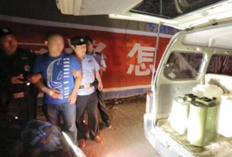 徐州市成功打掉2个非法储存买卖散装汽油窝点 抓获犯罪嫌疑人10人