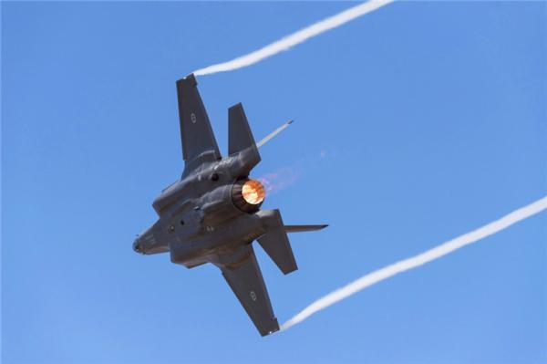 黑客窃取澳军资料 涉及澳海空军新型战斗机