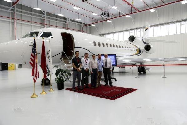 麗翔航空接收亚洲首架达索猎鹰8X私人飞机