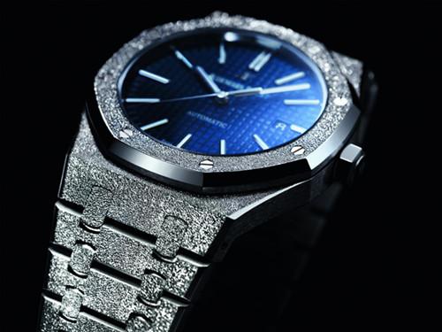 Audemars Piguet推出全新皇家橡树系列霜金腕表