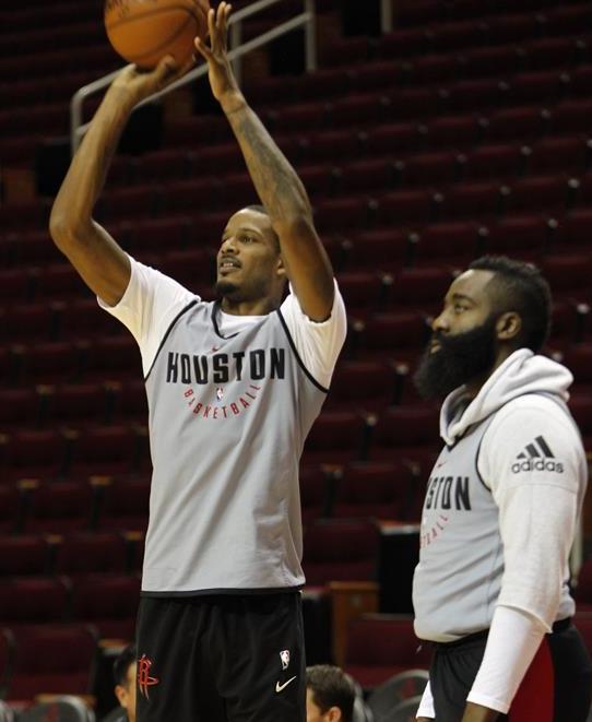 火箭队备战NBA新赛季常规赛首战