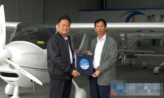 威翔航空九架CT轻型私人飞机成功验收并交付国内外