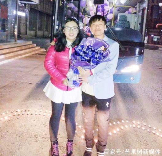 吉林公交司机求婚美女乘客 两年前一次偶遇因为爱情走到了一起