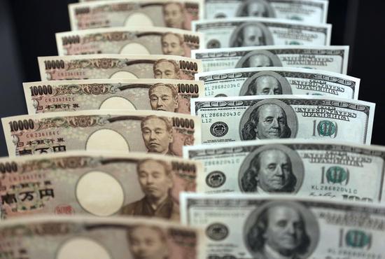 """又一轮""""安倍经济学""""启动 日元维持贬值势头?"""