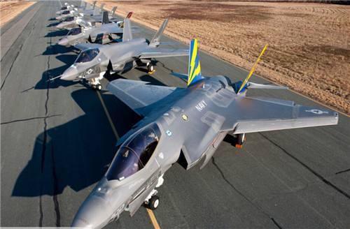 美军近200架战机无法实战 只适用于航展及执行飞行训练任务