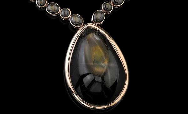 Robert Procop与Angelina Jolie携手推出巨型星光蓝宝石项链