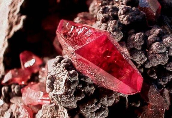 红宝石怎么鉴定真假