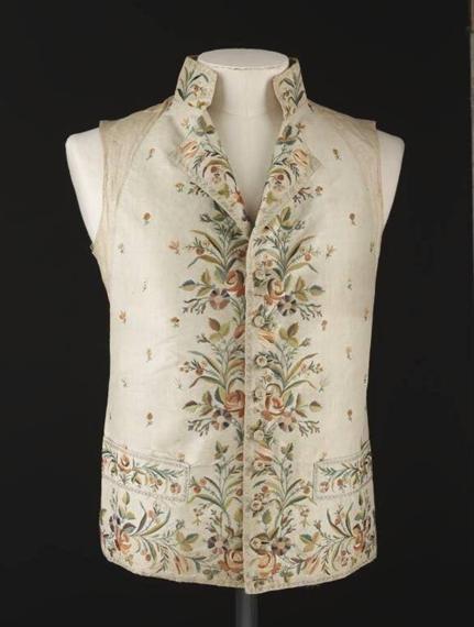各大博物馆收藏的18世纪后期的真丝马甲 你见过吗?
